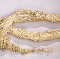 "RAFFIA HANKS - NATURAL - 45"" TO 50"" - 12 OZ."