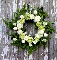 Rose Bouquet Wreath - Cream/Green