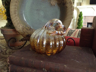 Clear Amber Pumpkin - Small - 4.5 X 5""