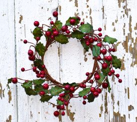 HOLLY BERRY CANDLE RING - 6""