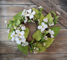 DOGWOOD BERRY WREATH - 18""