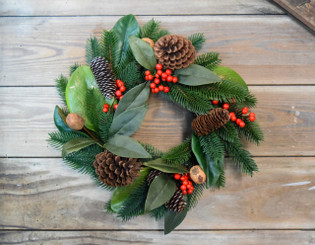 "CHESTNUT BERRY 16""  WREATH"