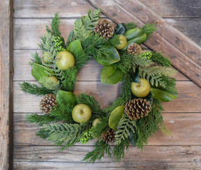 "GREEN APPLE MAGNOLIA 22"" WREATH"