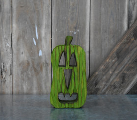 PUMPKIN WOODEN - GREEN - 4 x 7.8""