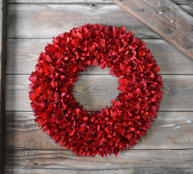 WOOD FLOWER ROUND WREATH - RED - 19.5""