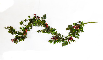 MISTLETOE & BERRY GARLAND