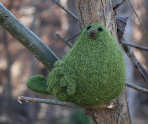 Wooly Bird Standing - Green