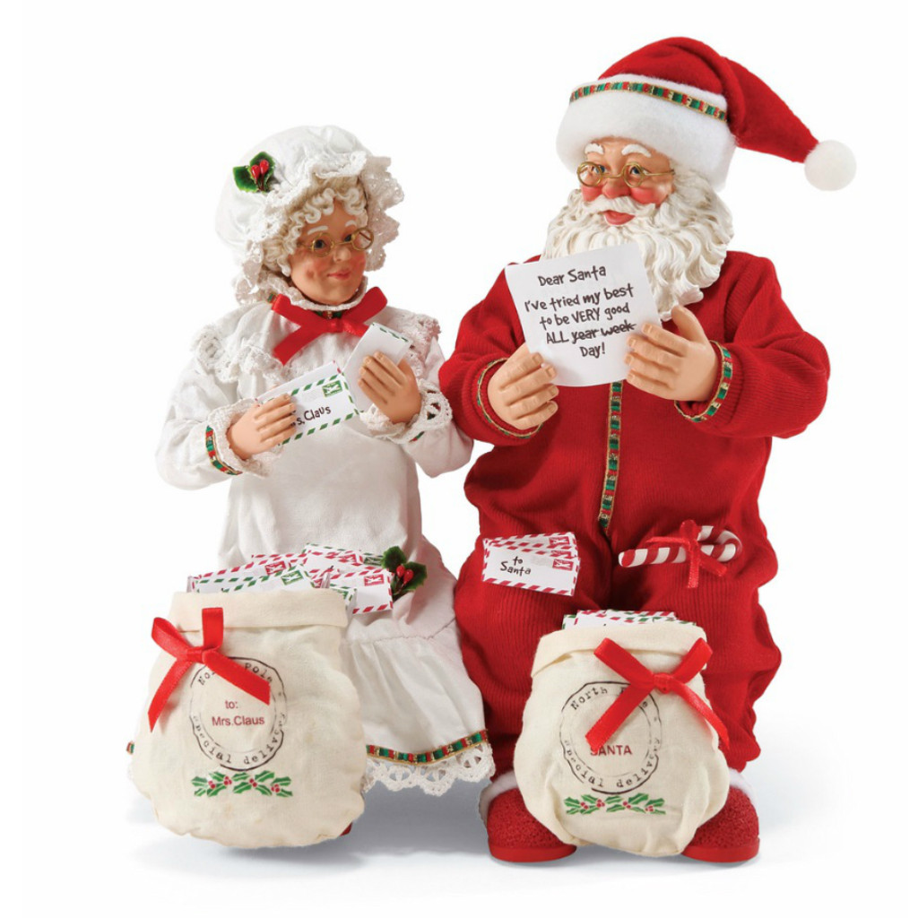 *New for 2017* Department 56 - Possible Dreams - Lots of Letters Clothtique Santa