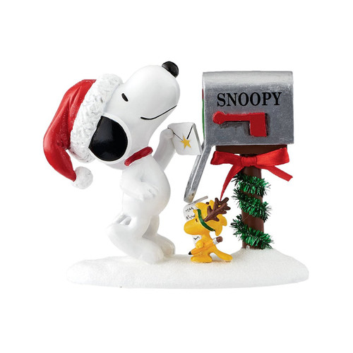"Department 56- Peanuts ""Sending Christmas Greetings"" Figurine"