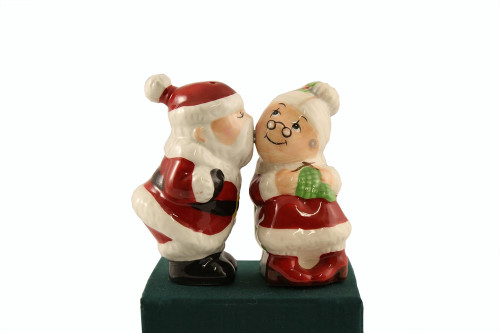 Kissin' Mrs. Clause Salt and Pepper Magnetic Shaker