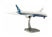 Hogan Dreamliner Boeing 787-9 inflight configuration with gear and stand Scale 1/200 HO4326GR