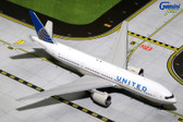 GEMINI JETS UNITED BOWING 777-200ER N796UA SCALE 1/400 GJUAL1589  DUE JANUARY 2017