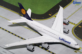 Gemini Jets Lufthansa Airbus A380 D-AIMC Scale 1/400 GJDLH1632 Due early April 2017