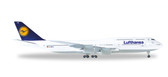 Herpa Lufthansa Boeing 747-8 Intercontinental  Scale 1/500 516068-005 Due January 2018