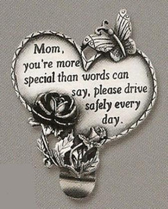 Mom Heart Auto Visor Clip
