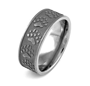 Carved Bear Tracks Ring