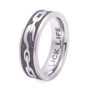 Women's Laser-Carved Titanium Tow Chain Ring