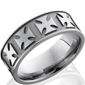Titanium Maltese Cross Ring