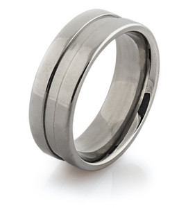 Flat Profile Titanium Band with a Large Center Groove