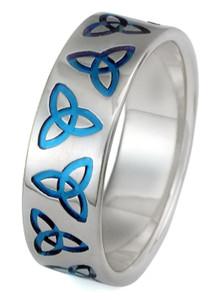 Titanium Triquetra Ring