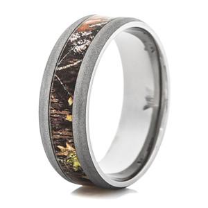Sandblasted Finish Men's Titanium Mossy Oak Camo Ring