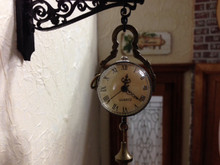 Working Hanging Clock