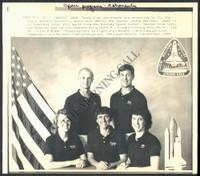 http://images.mmgarchives.com/MC/A-054-MC/AB-1983-MC/ACE-063-MC_F.JPG