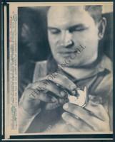 http://images.mmgarchives.com/MC/A-084-MC/AB-9646-MC/AHX-152-MC_F.JPG