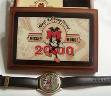 Mickey Mouse Watch Walt Disney World 2000 Fossil Made LE