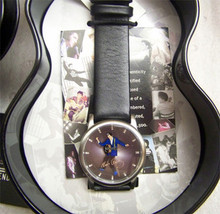 Elvis Presley Fossil Watch EP 25 Legendary in Guitar Watch Case