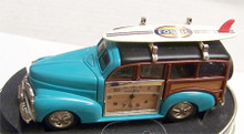 Fossil Woody Wagon Desk Clock Panel Wagon Car with Surf Board Novelty