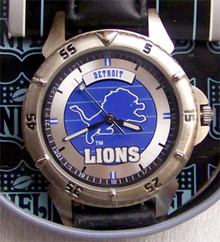 Detroit Lions Fossil Watch 1997 Vintage Style Wristwatch in NFL Tin