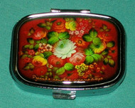 BEAUTIFUL BRIGHTLY COLORED RED FLOWERS ON RUSSIAN PILL BOX #1301