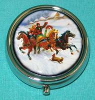 TROIKA 3 HORSE SLEIGH SCENE ON RUSSIAN PILL BOX #5684