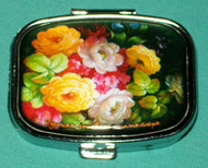 YELLOW BOUQUET ON HAND CRAFTED RUSSIAN PILL BOX #1306
