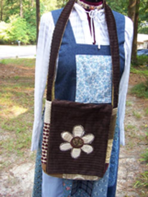 Daisy Messenger Bag