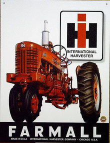 Photo of FARMALL 400 TRACTOR SIGN HAS GREAT BOLD COLORS AND GREAT DETAILS