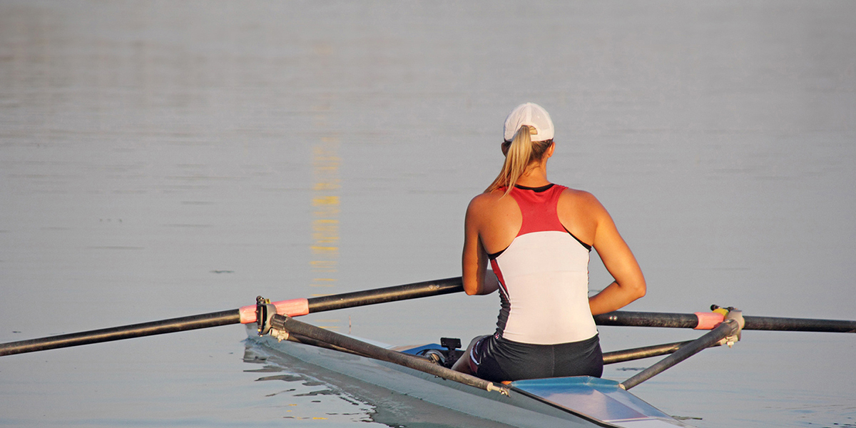 Sculling Gear Home Page: Image of a Single Sculler waiting.