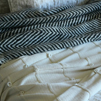 Bauble Cotton Throw - Cream