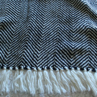 Herringbone Throw Navy/Cream 130X170cm