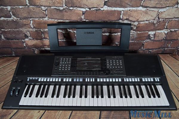 Yamaha psr s770 61 key arranger keyboard for Yamaha piano keyboard 61 key psr 180