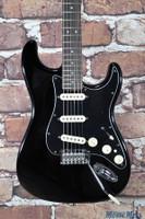 2016 Fender Deluxe Stratocaster Black