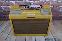 Fender '57 Custom Deluxe Lacquered Tweed Tube Guitar Combo AmpFender '57 Custom Deluxe Lacquered Tweed Tube Guitar Combo Amp