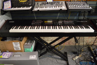 Yamaha S90-ES 88 Key Synthesizer Keyboard