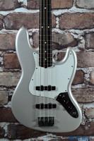 2008 Fender American Standard Jazz Bass Blizzard Pearl