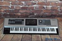 Roland Fantom G6 Synthesizer Workstation