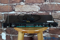 AKG SR-100 Wireless Microphone System