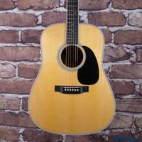 Martin Custom Shop D-35 Dreadnought Acoustic Guitar Wild Grain Thin Finish