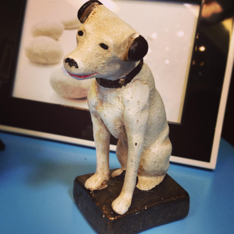 rca-dog-statue.jpg