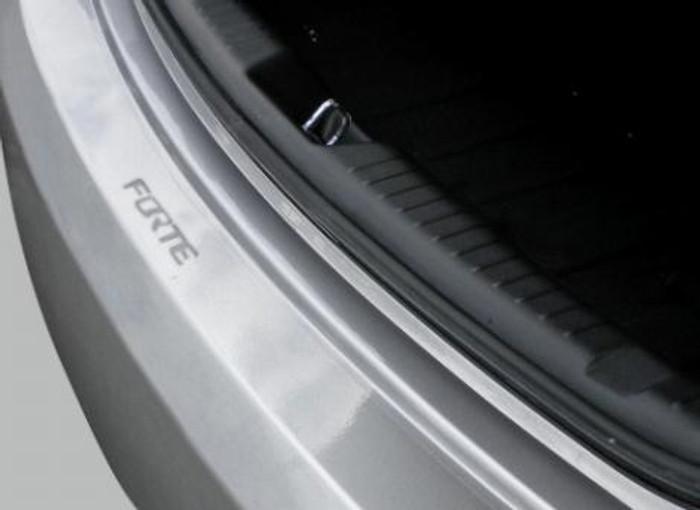 Kia Forte 5-Door Rear Bumper Protector (C012)
